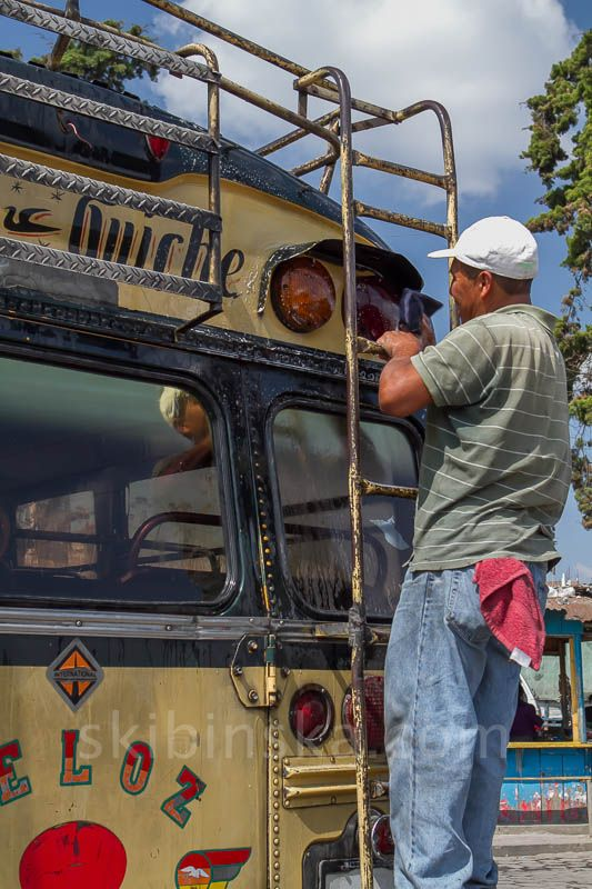 Latin America: Chicken bus frenzy